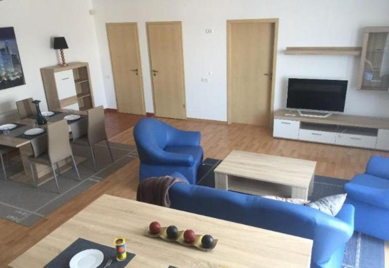Apartament cu 3 camere in zona CL LIPOVEI la 88.000 euro-2