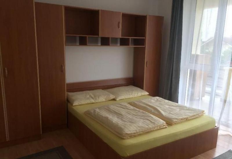 Apartament cu 3 camere in zona CL LIPOVEI la 88.000 euro-4