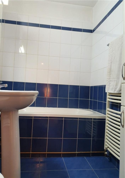 Apartament cu 3 camere in zona DOROBANTI- SIMION BARNUTIU la 71.800 eu-5