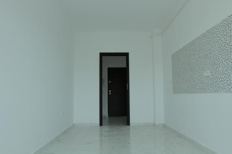 Apartament cu 3 camere la cheie, stradal la bulevard, decomandat-1