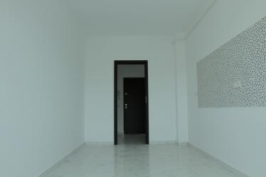 Apartament cu 3 camere la cheie, stradal la bulevard, decomandat