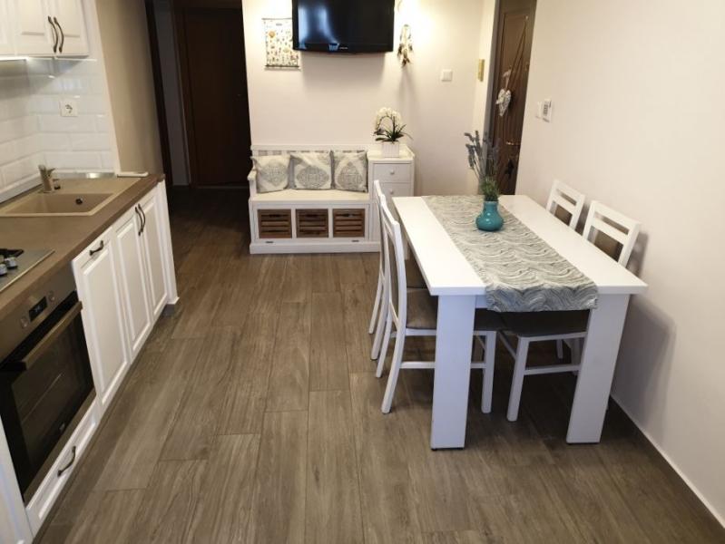 Apartament cu 3 camere ,modern amenajate in CL ARADULUI la 92.500 euro-2