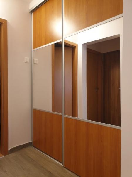 Apartament cu 3 camere ,modern amenajate in CL ARADULUI la 92.500 euro-3