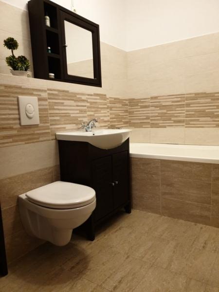 Apartament cu 3 camere ,modern amenajate in CL ARADULUI la 92.500 euro-4