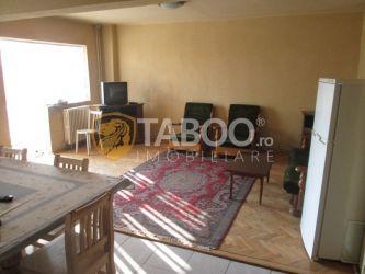 Apartament cu 4 camere de inchiriat in Sebes zona Aleea Parc