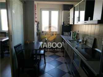 Apartament cu 4 camere de vanzare in Sibiu zona Garii