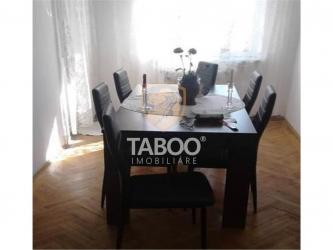 Apartament cu 4 camere etajul 3 de vanzare Sibiu zona Vasile Aaron
