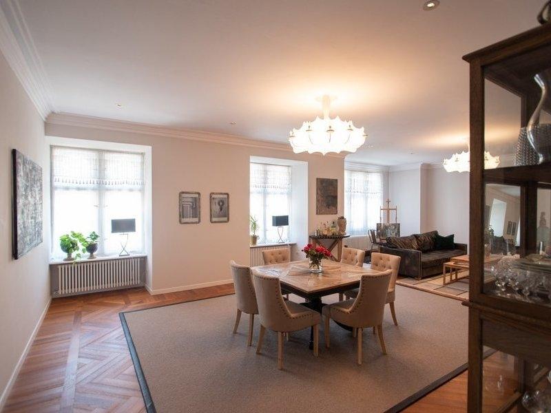 Apartament cu 4 camere in zona IOSEFIN LA 329.000 euro-2