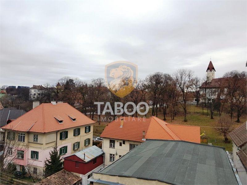 Apartament cu 5 camere decomandate de vanzare in Sibiu zona Strand 1-1