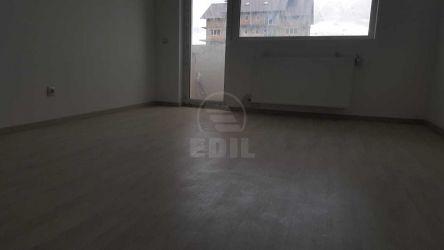 Apartament cu o camera de inchiriat