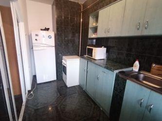 Apartament de inchiriat, 2 camere Decomandat  Nicolina