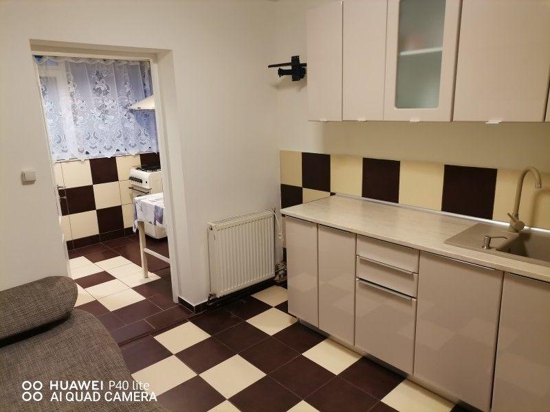Apartament de inchiriat, 2 camere Decomandat  Nicolina -4