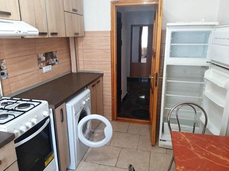 Apartament de inchiriat, 2 camere Decomandat  Pacurari -2