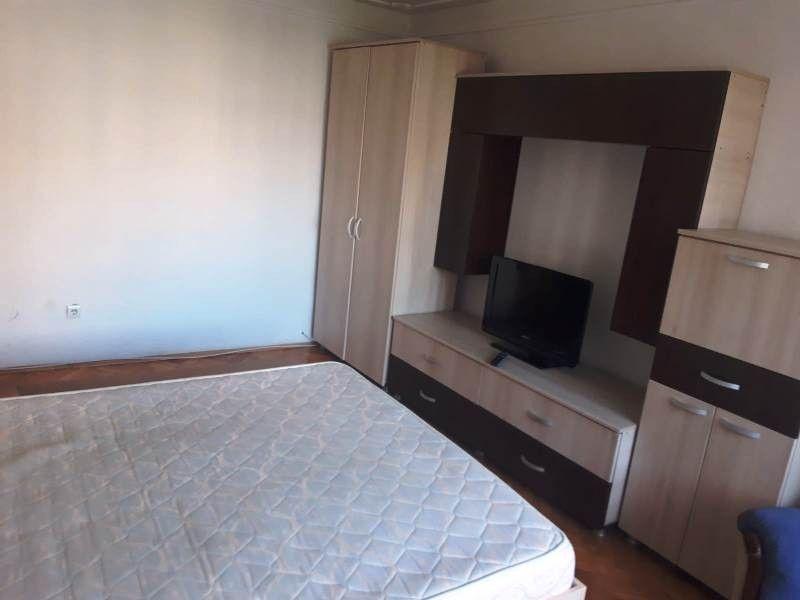 Apartament de inchiriat, 2 camere Decomandat  Pacurari -4