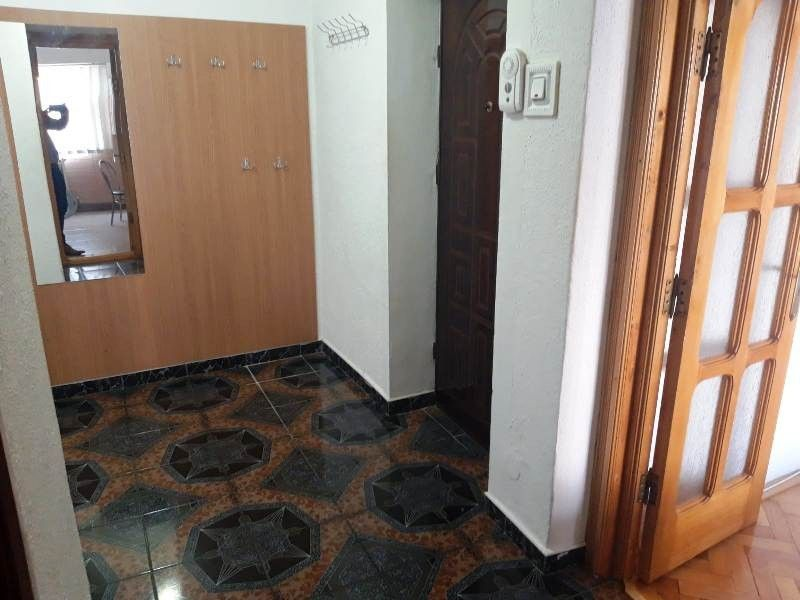 Apartament de inchiriat, 2 camere Decomandat  Pacurari -9