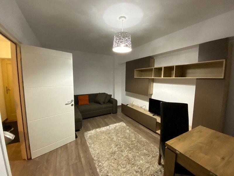 Apartament de inchiriat, 2 camere Decomandat  Tatarasi -6