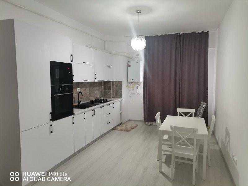 Apartament de inchiriat, 2 camere Semidecomandat  Nicolina -1