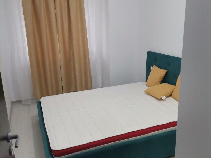 Apartament de inchiriat, 2 camere Semidecomandat  Nicolina -3