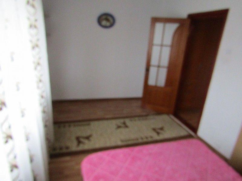 Apartament de inchiriat, 2 camere Semidecomandat  Podu Ros -3