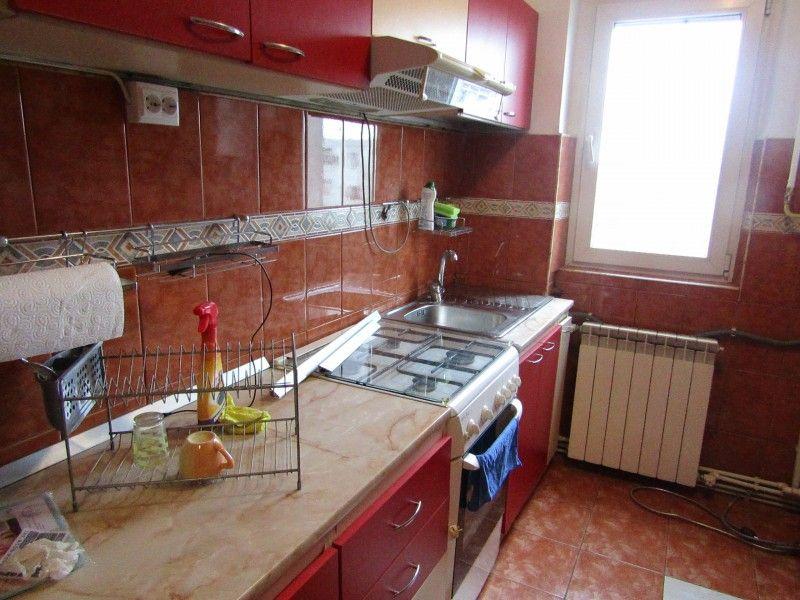 Apartament de inchiriat, 2 camere Semidecomandat  Podu Ros -8