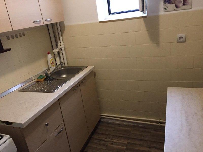 Apartament de inchiriat, 2 camere Semidecomandat  Podu Ros -7
