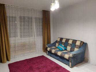 Apartament de inchiriat, 2 camere Semidecomandat  Podul de Piatra
