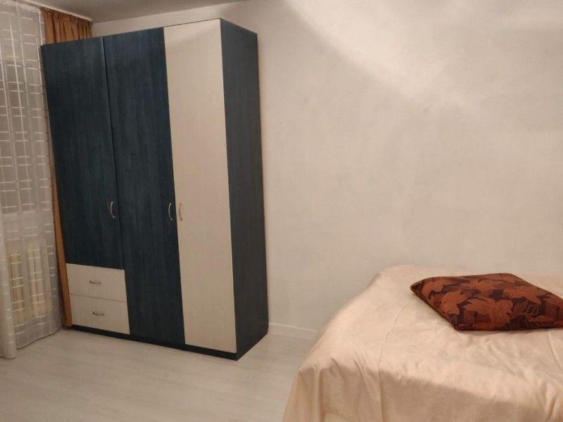 Apartament de inchiriat, 2 camere Semidecomandat  Podul de Piatra -6