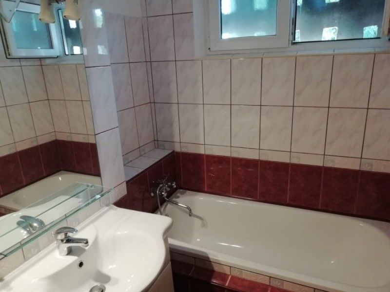 Apartament de inchiriat, 2 camere Semidecomandat  Tatarasi -11