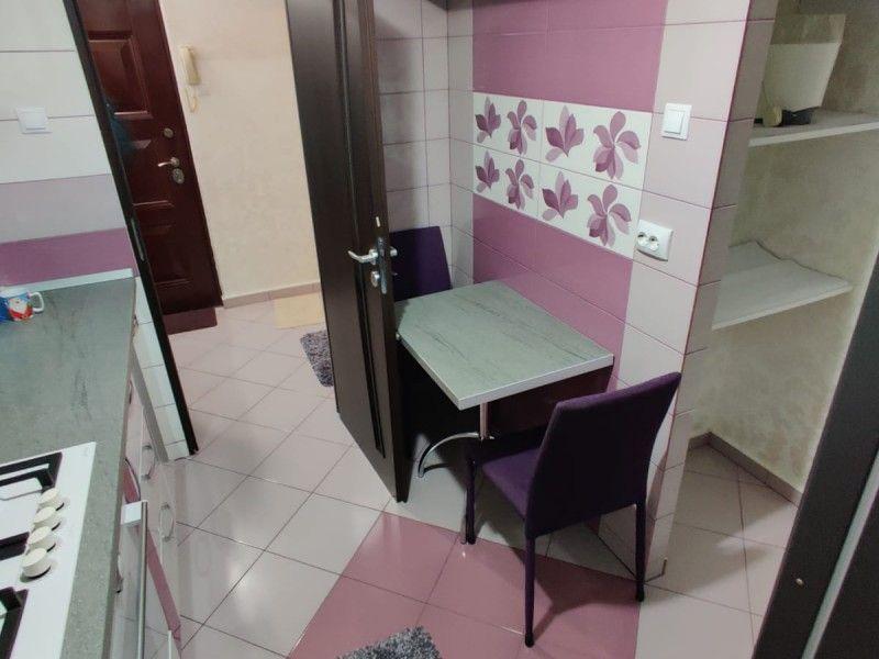 Apartament de inchiriat, 2 camere Semidecomandat  Tatarasi -12