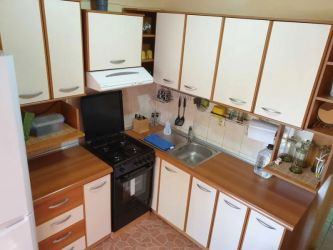 Apartament de inchiriat, 3 camere Decomandat  Nicolina