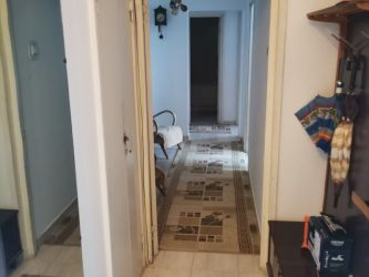 Apartament de inchiriat, 3 camere Decomandat  Podu Ros