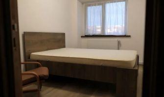 Apartament de inchiriat, 3 camere Decomandat  Podul de Fier