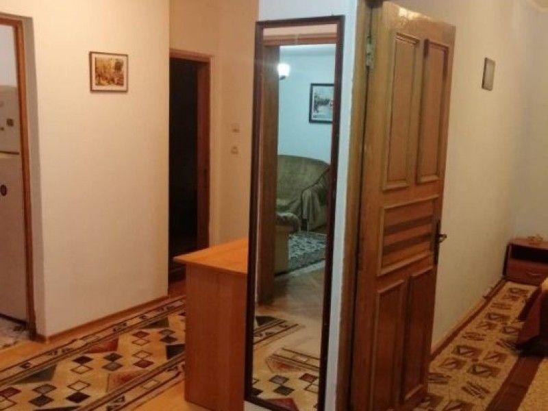 Apartament de inchiriat, 3 camere Decomandat  Tudor Vladimirescu -8