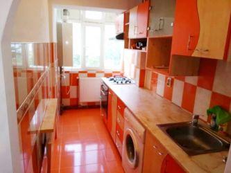 Apartament de inchiriat, 3 camere Semidecomandat  Podu Ros