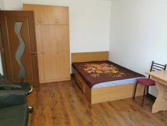 Apartament de inchiriat, o camera Decomandat  Centru