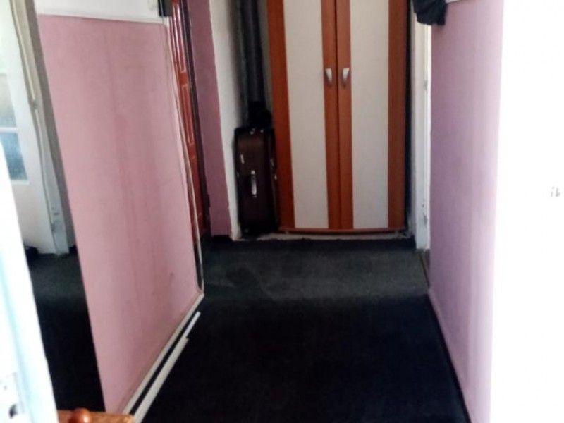 Apartament de inchiriat, o camera Decomandat  Gara -6