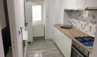 Apartament de inchiriat, o camera Decomandat  Nicolina