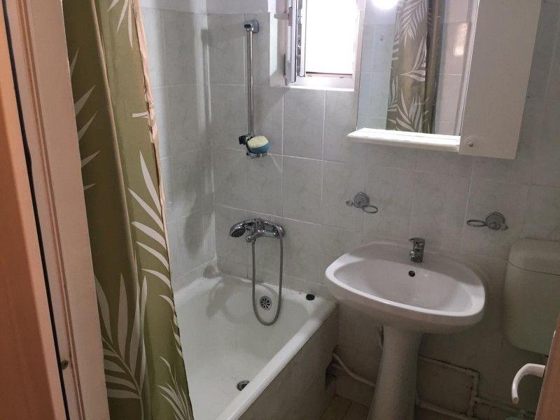 Apartament de inchiriat, o camera Decomandat  Nicolina -7