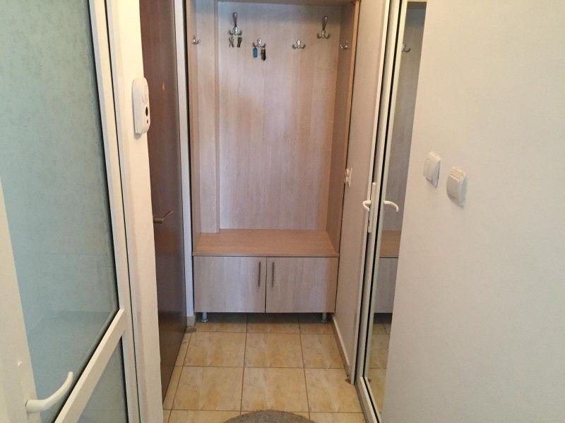 Apartament de inchiriat, o camera Decomandat  Nicolina -8