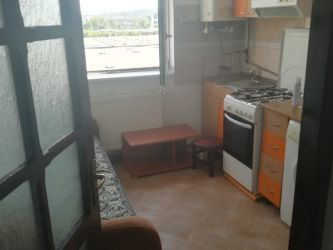 Apartament de inchiriat, o camera   Tatarasi