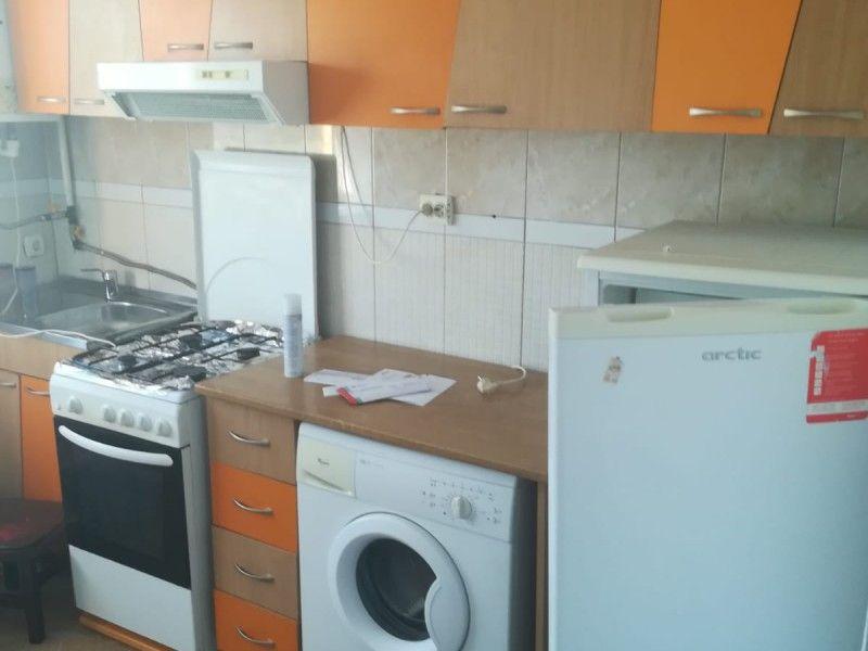 Apartament de inchiriat, o camera   Tatarasi -4
