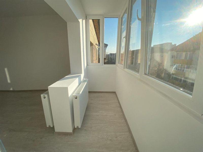 Apartament de vanzare 2 camere Aradului - ID V103-2