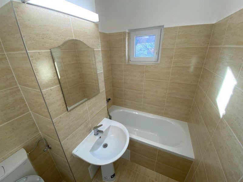 Apartament de vanzare 2 camere Aradului - ID V103-6