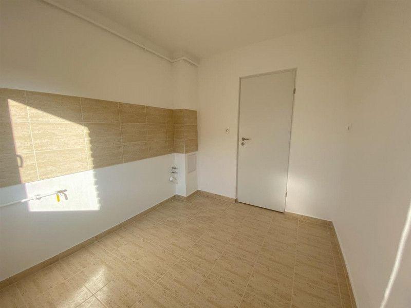 Apartament de vanzare 2 camere Aradului - ID V103-7