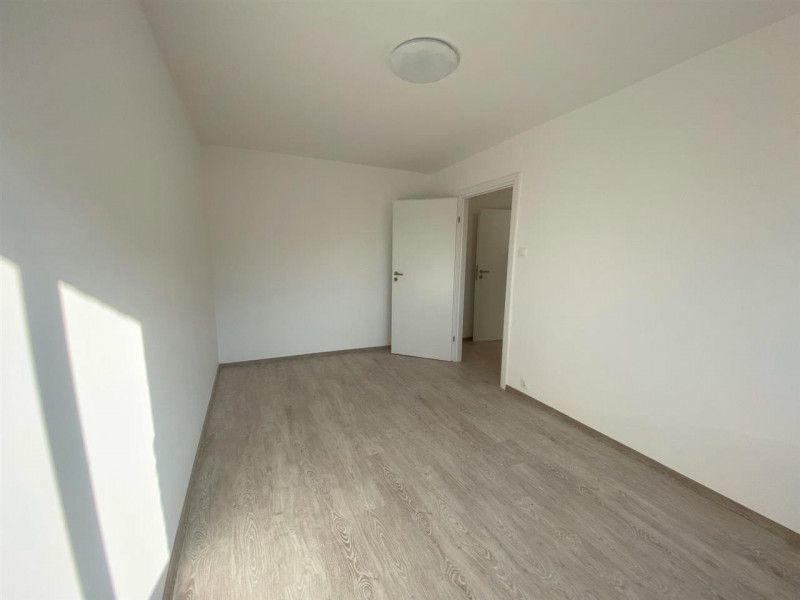 Apartament de vanzare 2 camere Aradului - ID V103-11