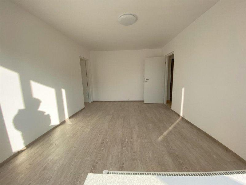 Apartament de vanzare 2 camere Aradului - ID V103-14