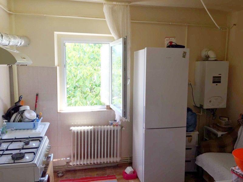 Apartament de vanzare, 2 camere Decomandat  CUG -1