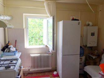 Apartament de vanzare, 2 camere Decomandat  CUG