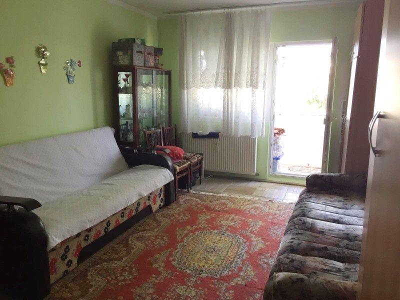 Apartament de vanzare, 2 camere Decomandat  CUG -3