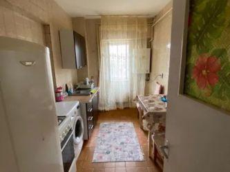 Apartament de vanzare, 2 camere Decomandat  Gara